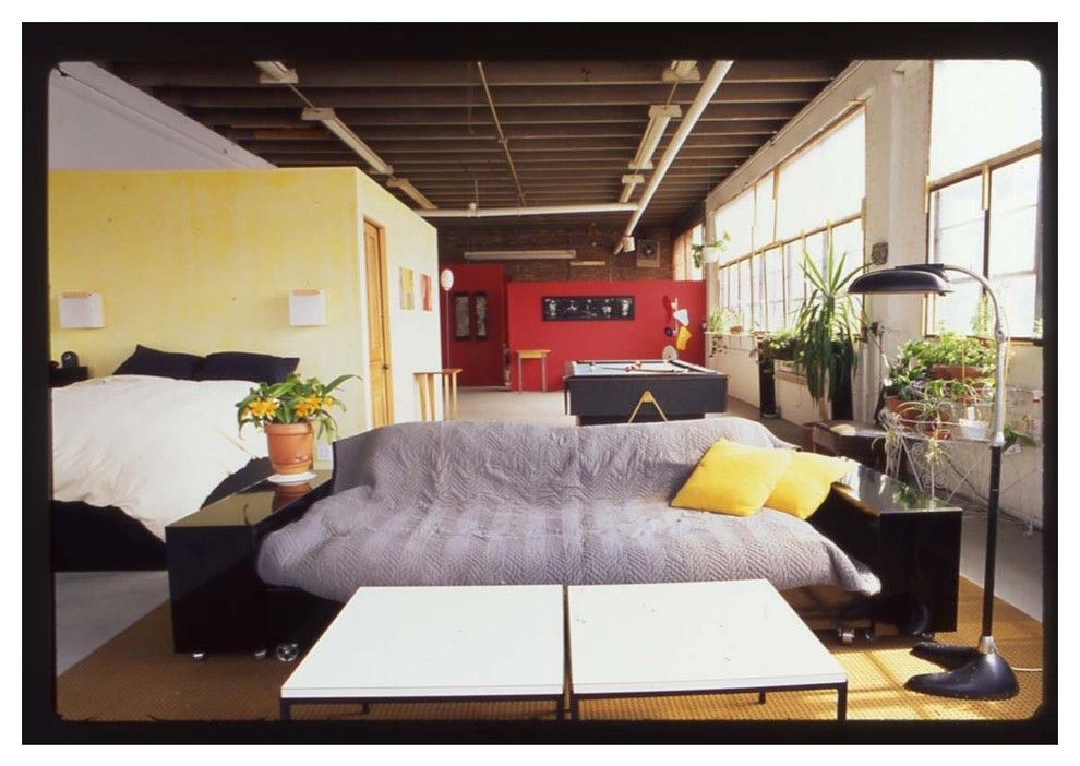 Jennifer Convertible for a  Living Room with a Chicago and Maplewood Loft by Mary & Hank Prekop
