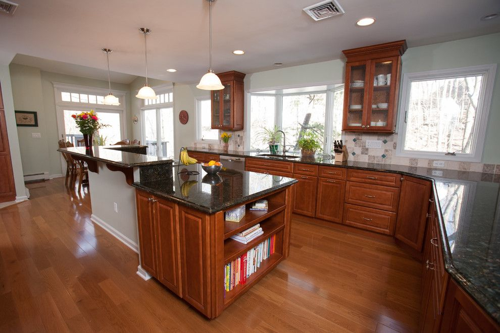 Jmc Homes for a Traditional Kitchen with a Cooktops and Beautiful Kitchen W Island & Mudroom Remodel in Kinnelon by Jmc Home Remodeling