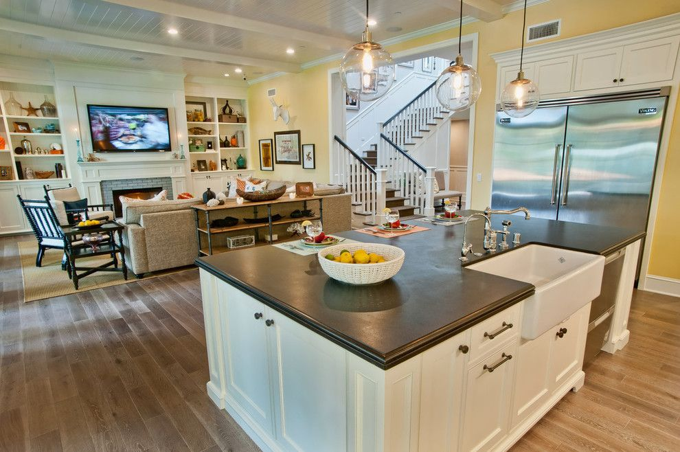 Johns Appliance for a Traditional Kitchen with a Farm Sink and Breezy Brentwood by Jill Wolff Interior Design