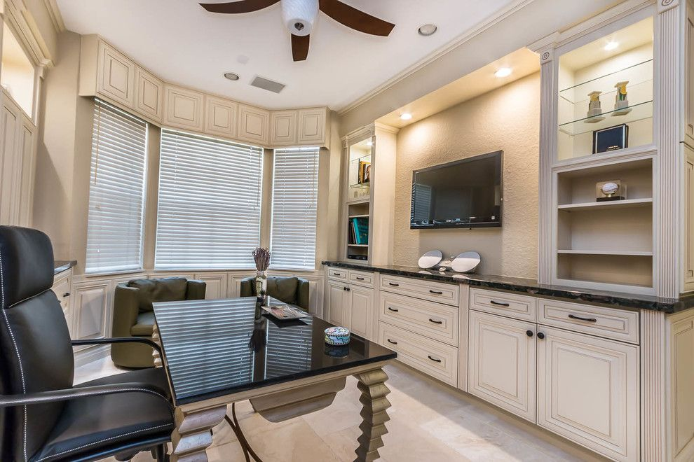 Julianos for a Traditional Spaces with a Traditional and Woodfield Country Club by Crafty Cabinets