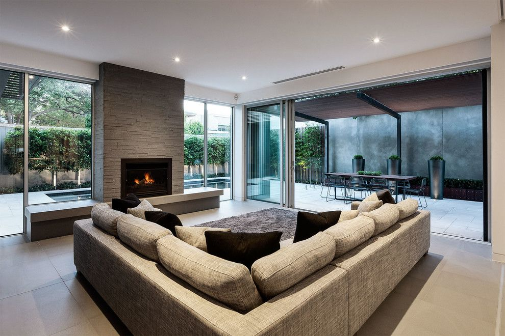 Kamco Building Supply for a Contemporary Living Room with a Courtyard and Malvern House Melbourne Australia by Ddb Design Development & Building