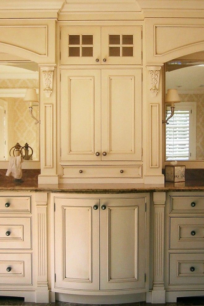 Kleenex Box for a Traditional Bathroom with a Moulding and Newton Residence 2   Master Bath   Dpdk.19 by David Phillips