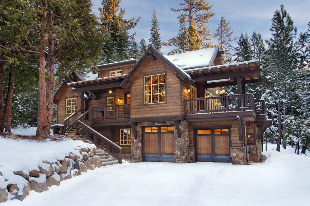 Lake Winnipesaukee Real Estate for a Rustic Exterior with a Structerra and Sunnyside Cabin at Lake Tahoe by Structerra, Inc.