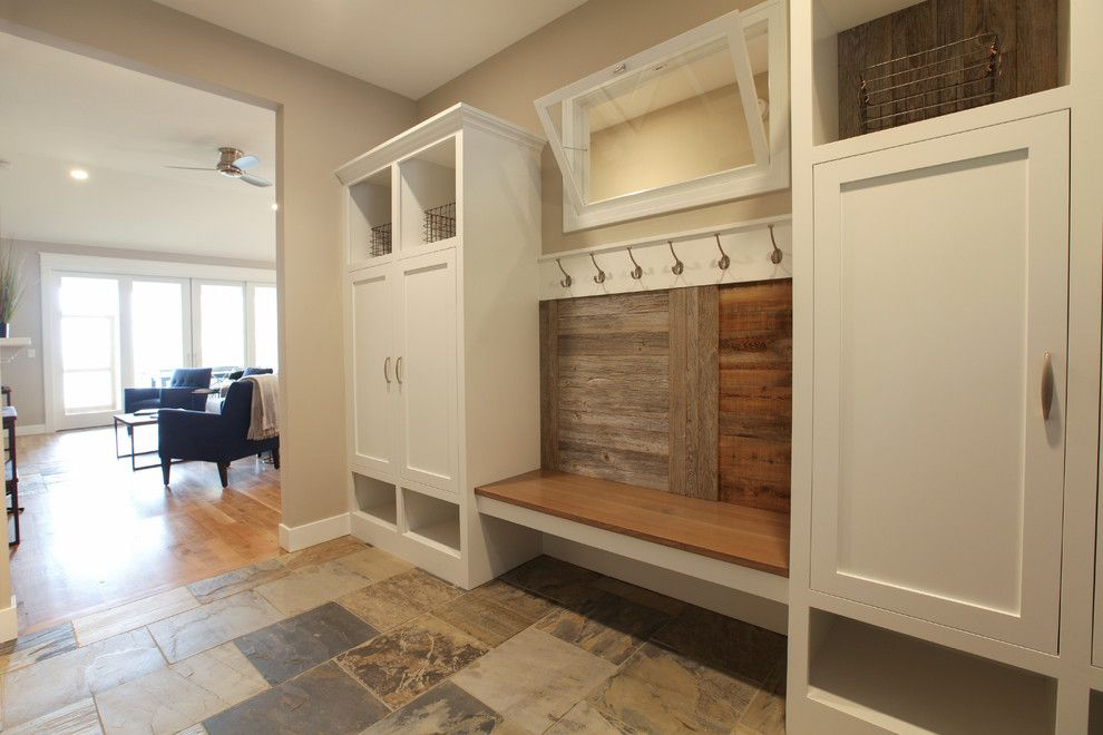 Leeds Certification for a Beach Style Entry with a Mudroom and Wake Robin Cottage by Cottage Home, Inc.