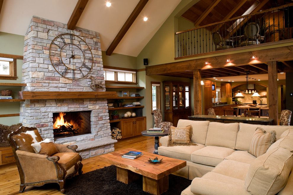 Lennar Homes Reviews for a Traditional Family Room with a Loft and Mountain Charm by Streeter & Associates, Inc.