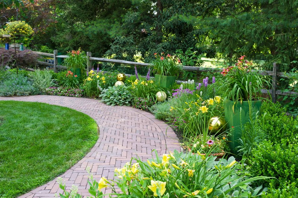 Lillys for a Traditional Landscape with a Forest and 2012 Ale: Duffy Oval Garden by Pennsylvania Landscape & Nursery Association