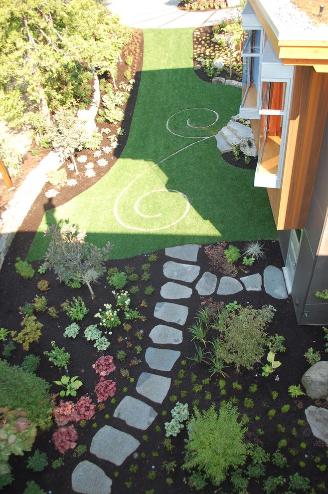 Longview Lawn and Garden for a Eclectic Landscape with a Stepping Stones and Green Driveway by Avalon Northwest Landscape, Llc