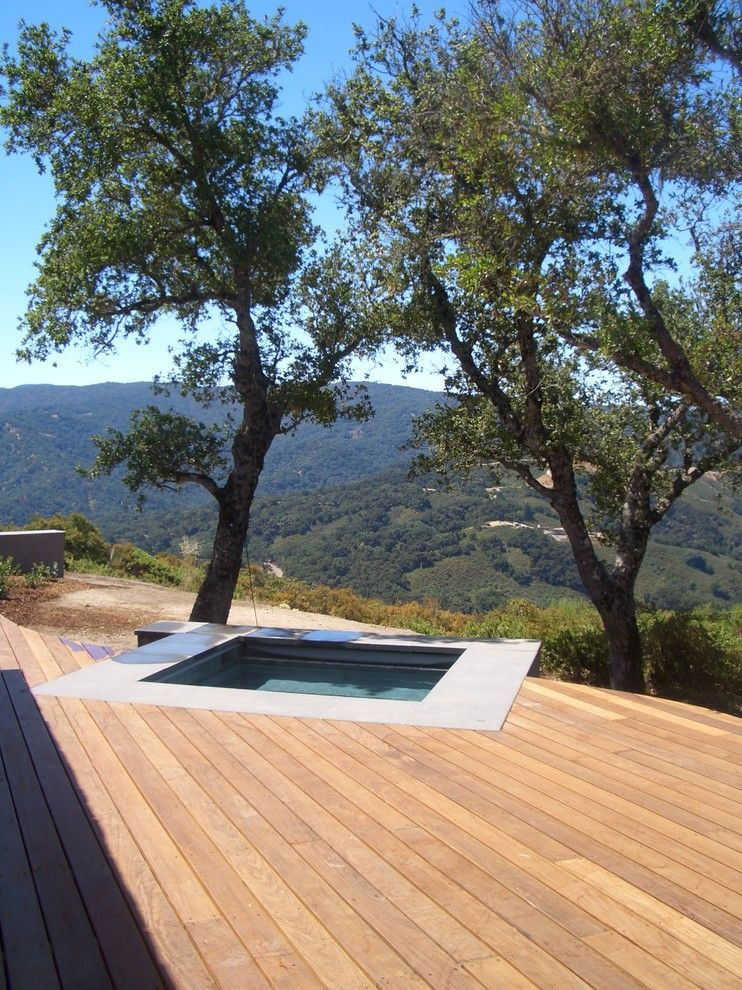 Los Gatos Spa for a Modern Pool with a Spa and Santa Lucia Preserve by Zeterre Landscape Architecture