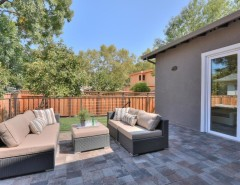 Los Lunas High School for a Modern Deck with a Linked in and Google's Backyard! by Beyond VT Marketing