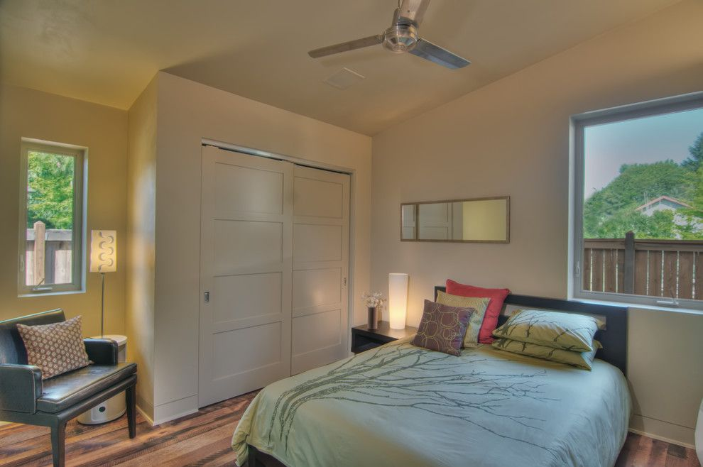 Lowes Eugene for a Transitional Bedroom with a Vaulted Ceiling and Thesage by Arbor South Architecture