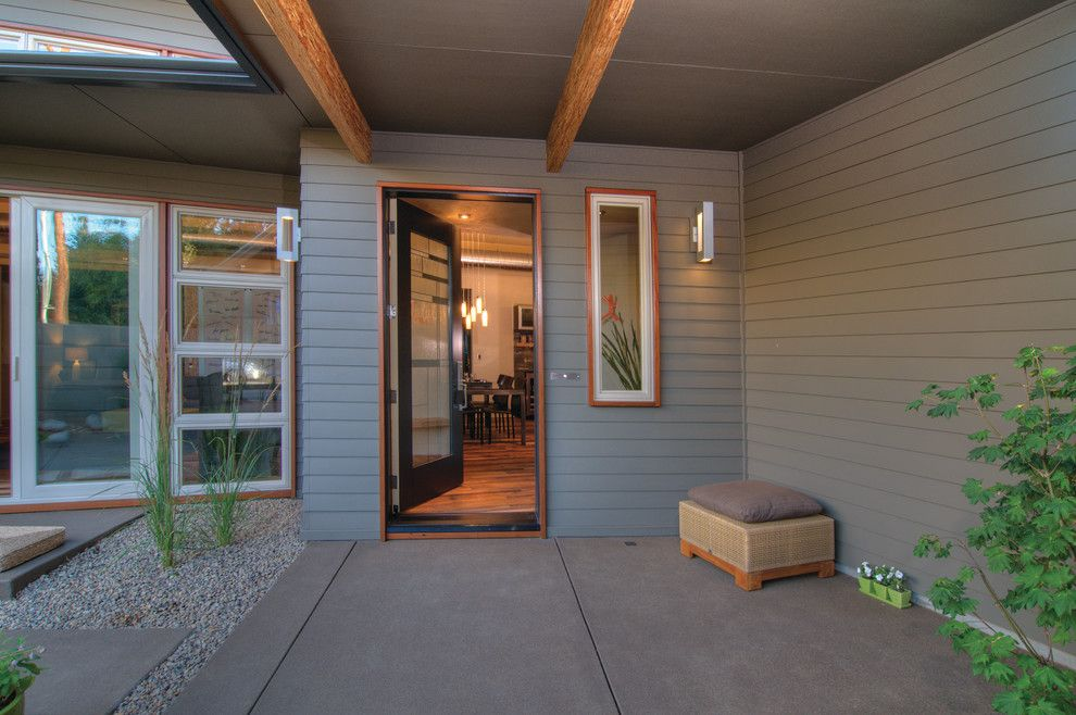 Lowes Eugene for a Transitional Entry with a Drought Tolerant and Thesage by Arbor South Architecture