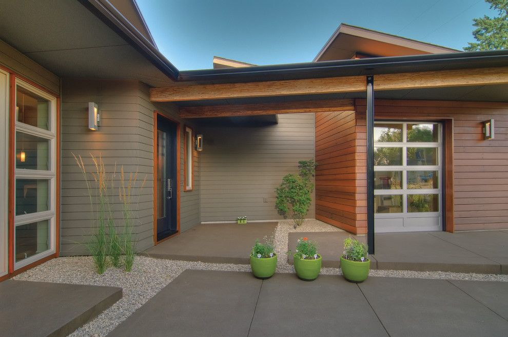 Lowes Eugene for a Transitional Patio with a Gravel and Thesage by Arbor South Architecture