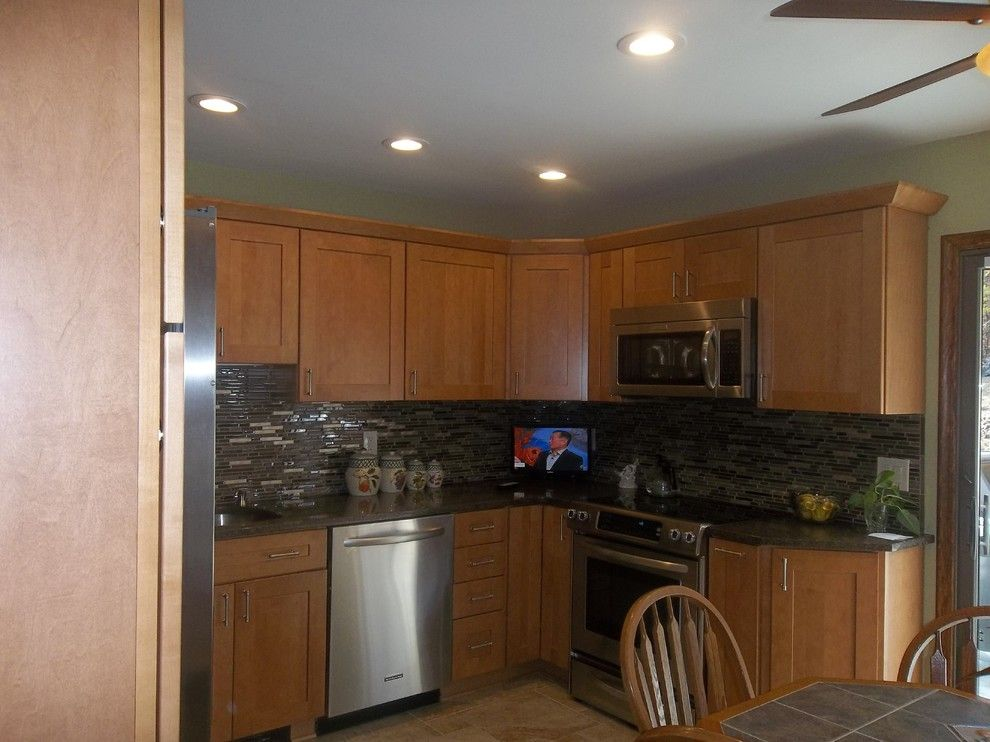 Lowes Nj for a Traditional Spaces with a Traditional and Kraftmaid Durham Maple Square Kitchen   Highland Lakes, Nj by Lowe's of Newton, Nj
