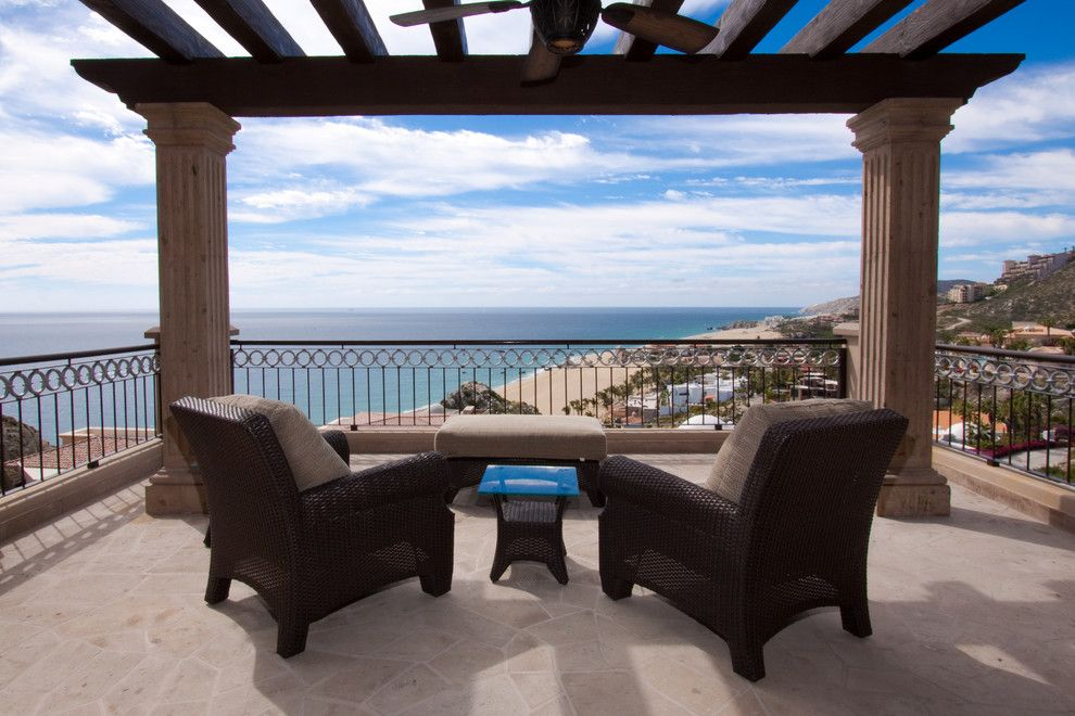 Marcor for a  Porch with a  and Casa Evviva by Marcor Masters