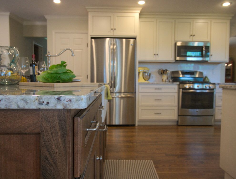 Meyer Appliance for a Farmhouse Kitchen with a Cherry Island and Kitchen M2 by Stellar Cabinetry