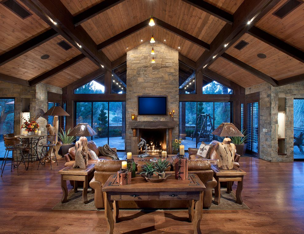 Mill Valley Golf Course for a Rustic Family Room with a Wood Ceiling and Northern Exposure // Great Room by Drewettworks
