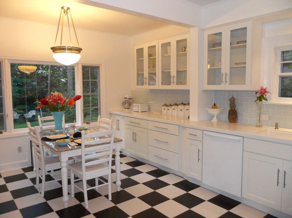 Millington Nj for a Contemporary Kitchen with a Dine in Kitchen and White Kitchen Cabinets | Shaker Cabinets | Cliqstudios by Cliqstudios Cabinets