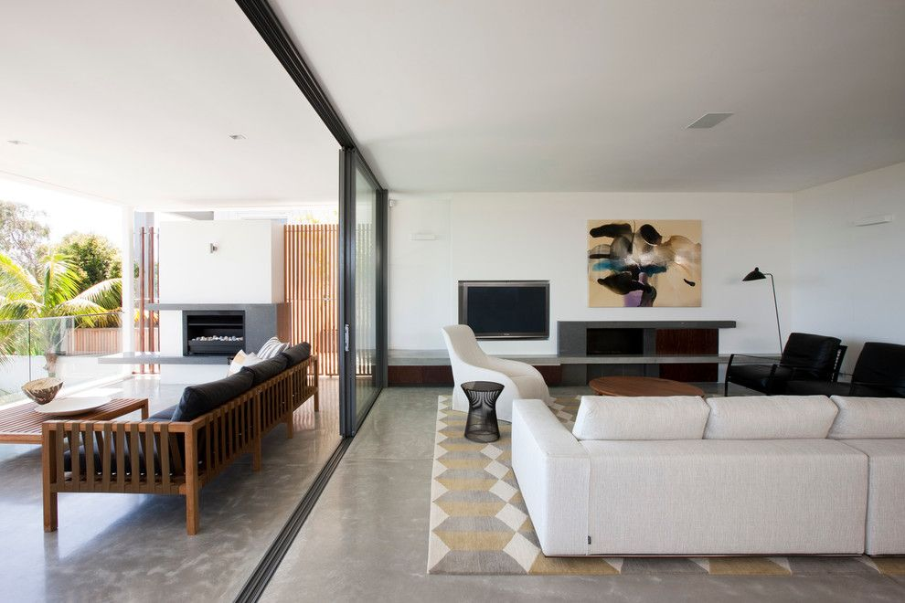 Minotti for a Contemporary Living Room with a Clean and Vaucluse House by Arent & Pyke