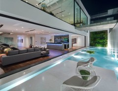 Minotti for a Contemporary Patio with a Contemporary Design and Fleetwood Distinguished Photos by Fleetwood Windows & Doors