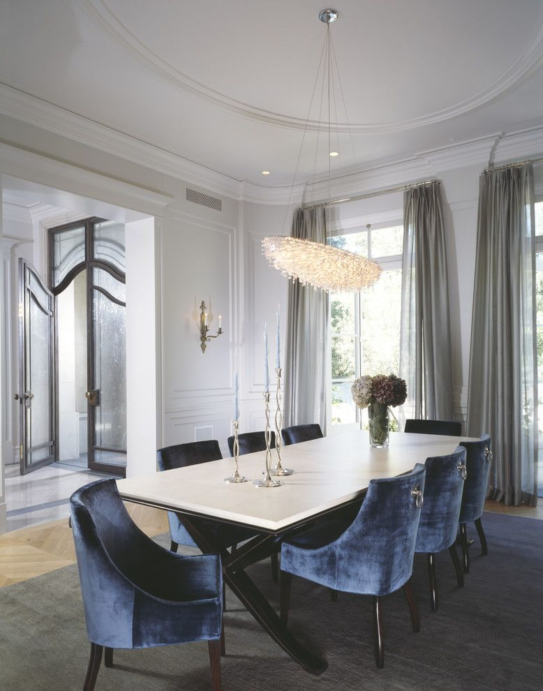 Minotti for a Transitional Dining Room with a Cornice and William Hefner Architecture Interiors & Landscape by Studio William Hefner