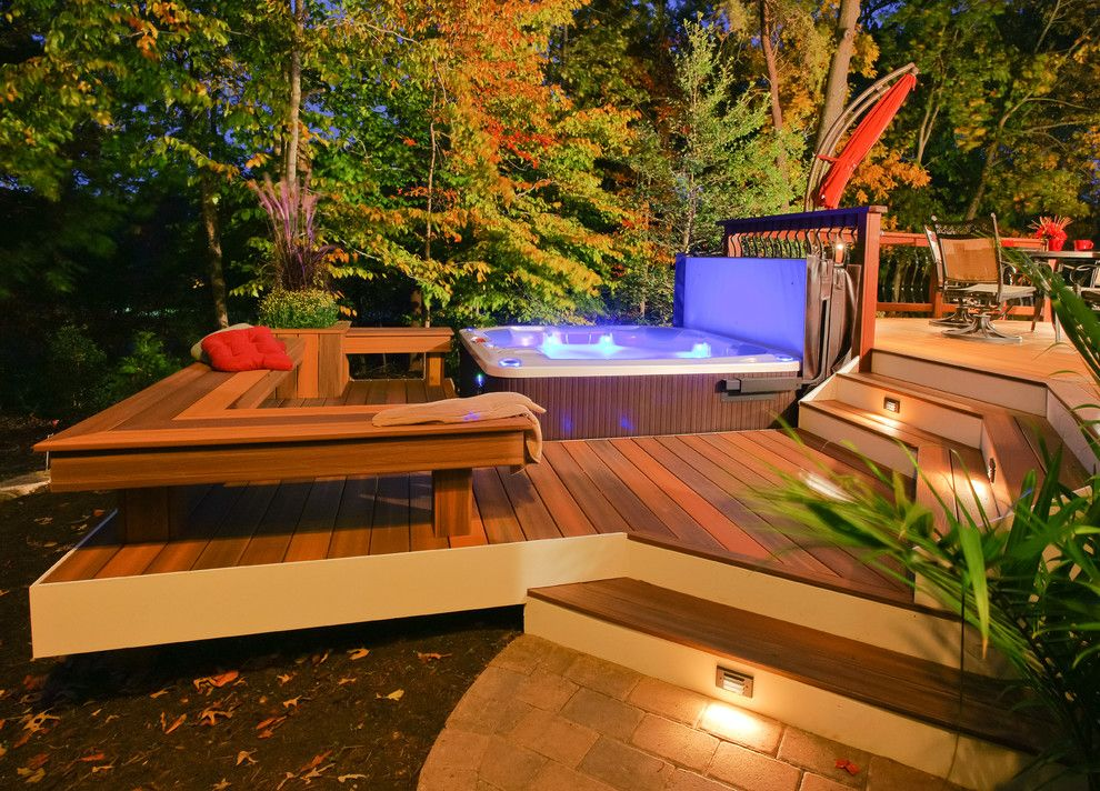 Mono Hot Springs for a Traditional Deck with a Composite Screws and Davidsonville Radius Deck by Fine Decks Inc