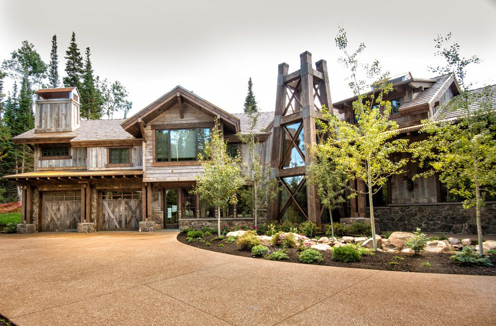 Odyssey House Utah for a Rustic Exterior with a Weathered Wood and House  in Deer Valley, Utah by Trestlewood