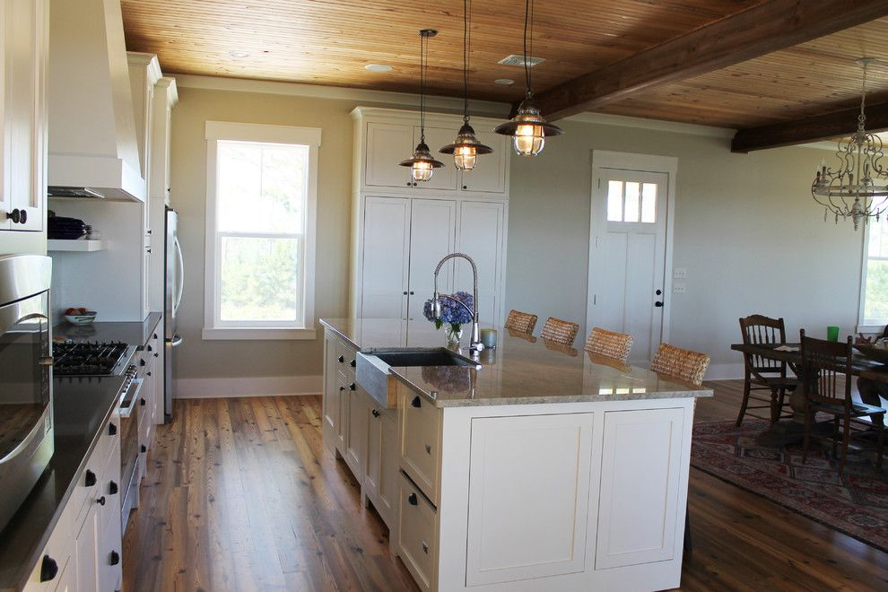 Ono Island for a Transitional Kitchen with a Transitional and Ono Island Beach House by Trio Kitchen Design