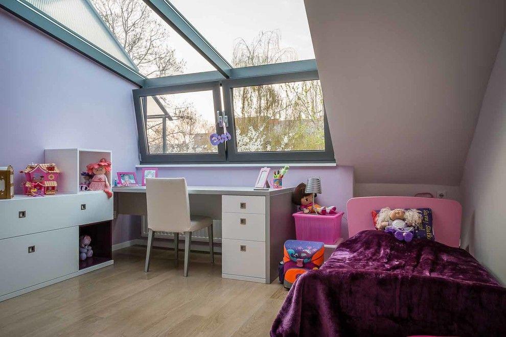 Orec for a Contemporary Kids with a Contemporary and House P Renovation by Arhi5ra / Petra Orec