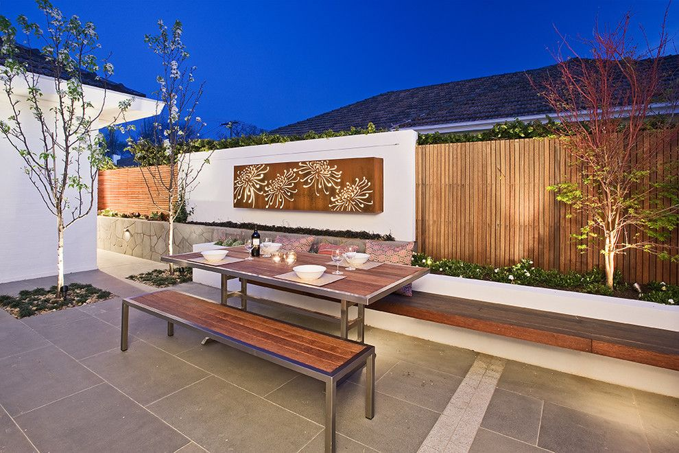 Paragone Reviews for a Contemporary Landscape with a Contemporary and Creative Outdoor Solutions by C.o.s Design
