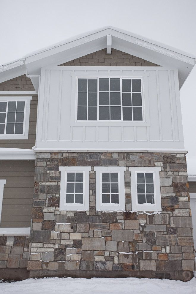 Paragone Reviews for a Traditional Exterior with a James Hardi Color Plus and Custom Home   Draper by Candlelight Homes