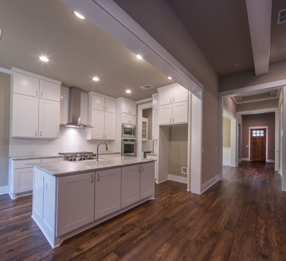 Parkview Homes for a Craftsman Kitchen with a Kitchen Island and Parkview, Austin, Tx by Brohn Homes