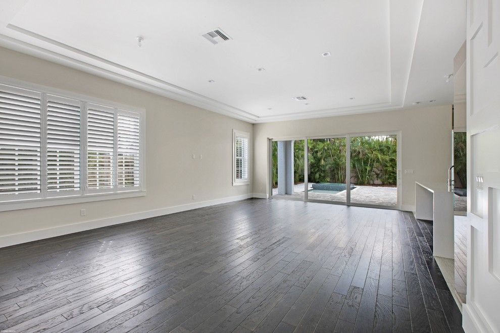 Patio Delray for a Mediterranean Living Room with a Open Floor Plan and 412 by Marc Julien Homes
