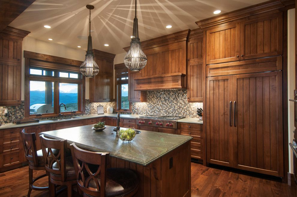Perry Homes Utah for a Traditional Kitchen with a Wood Drawers and 2013 Park City Showcase of Homes by Utah Home Builder, Cameo Homes Inc. by Cameo Homes Inc.