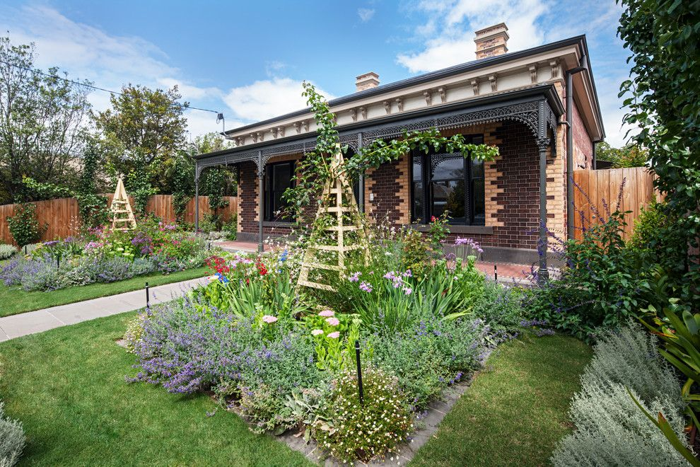 Piet Oudolf for a Victorian Landscape with a Landscape Design and Carlton Residence by Gardens of the Sun