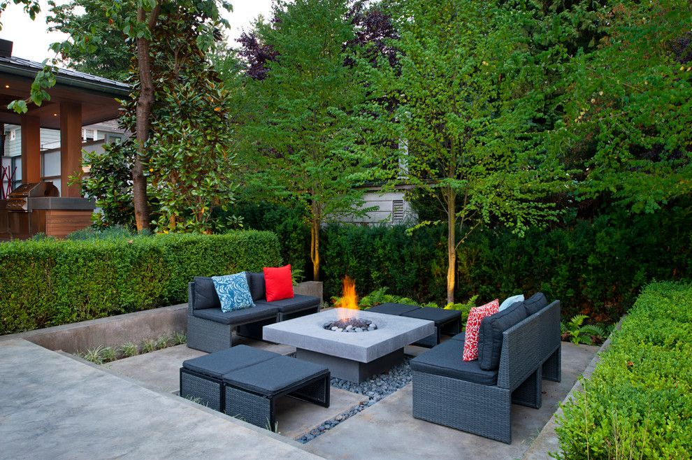 Pilgrim Furniture City for a Contemporary Patio with a Concrete and Exteriors by Revival Arts | Architectural Photography