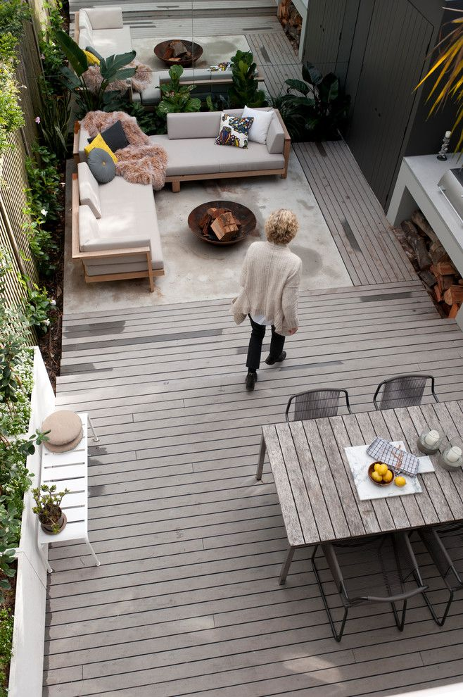 Pilgrim Furniture City for a Midcentury Deck with a Outdoor Furniture and MillHill Terrace by ANNA CARIN Design
