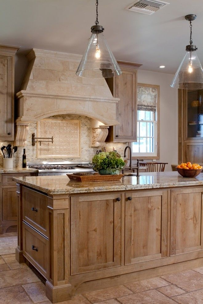 Pismo Dunes for a Traditional Kitchen with a Traditional and Charmean Neithart Interiors, Llc. by Charmean Neithart Interiors