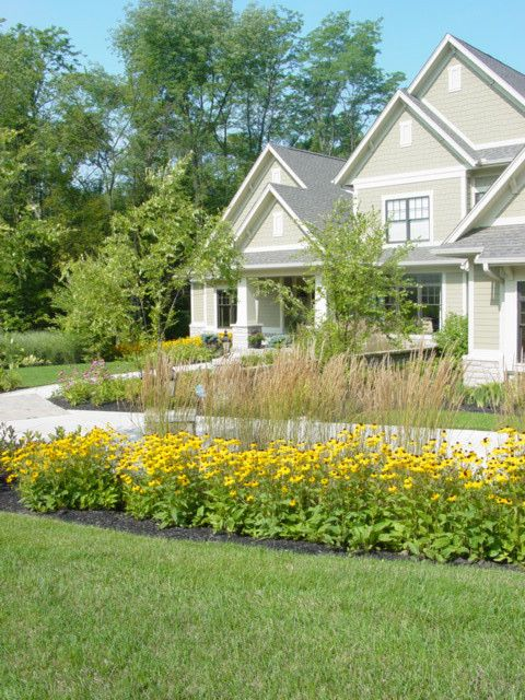 Planting Wildflowers for a Traditional Landscape with a Traditional and Beavercreek Residence by River Valley Orchids