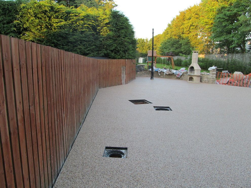 Platte Clay Electric for a Modern Exterior with a Resin Driveways Yorkshire and Resin Driveways Permeable Paving Resin Bound Gravel County Durham by Darren Hatton