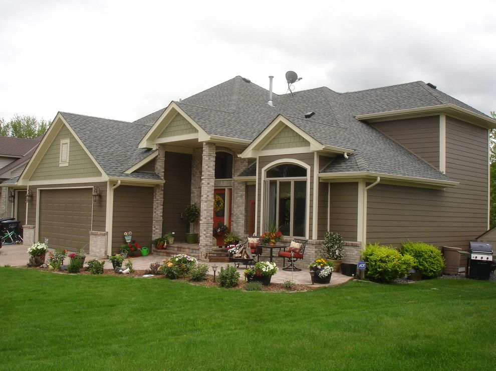 Plymouth Mn Weather for a Traditional Exterior with a Exterior and James Hardie Siding   Forest Lake Mn by Craftsman's Choice Inc.