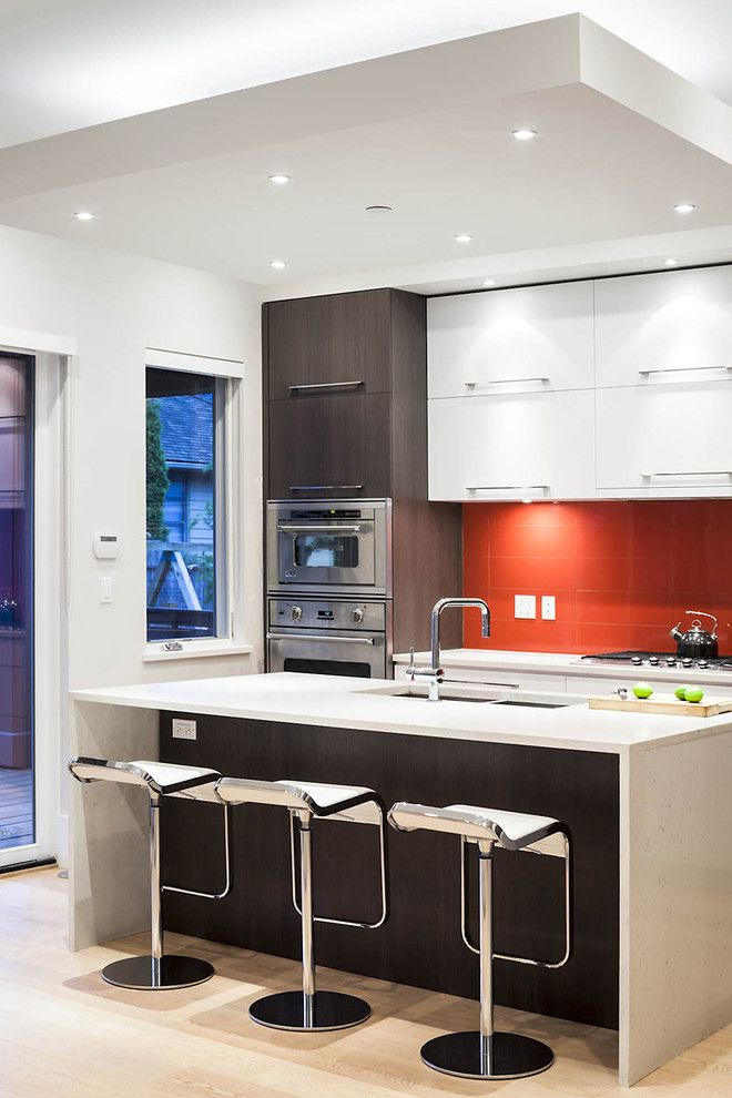 Pulte Homes Reviews for a Contemporary Kitchen with a Counter Stools and Cambie Residence by Natural Balance Home Builders