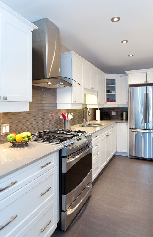 Renovator for a Contemporary Kitchen with a Mississauga Custom Design and Contemporary Kitchen Reno by Nicola Interiors
