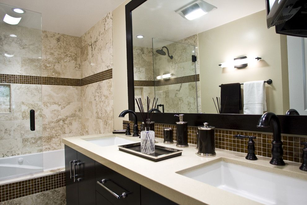 Replace Bathtub Faucet for a Contemporary Bathroom with a Shower Tile and Globus Builder by Globus Builder