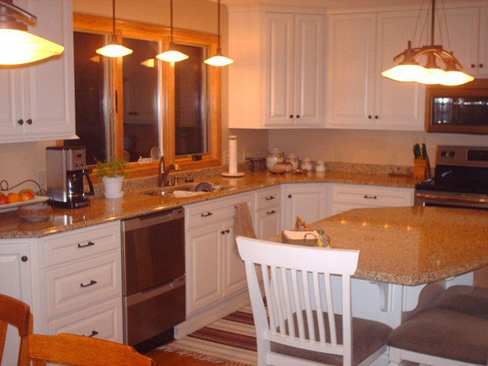 Rochester Appliance for a Traditional Kitchen with a Custom Island and Classic Remodel   Dassel by Hometown Kitchen & Bath