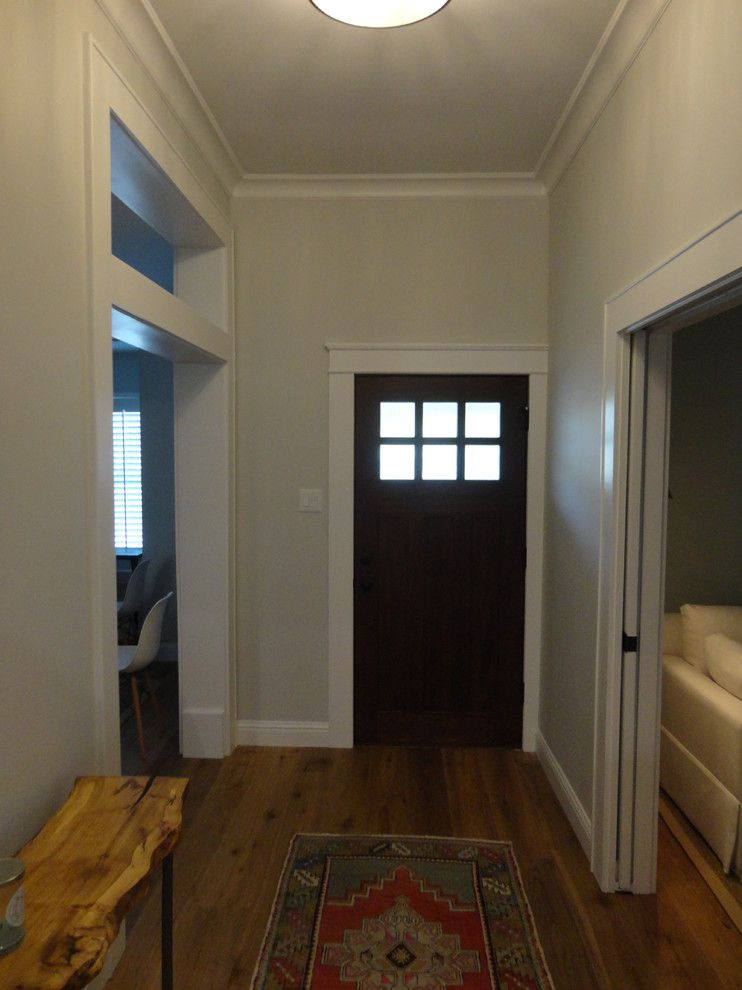Rusk County Electric for a Transitional Entry with a Painting and Nw Harris County Home Renovation by Xtreme Renovations, Llc