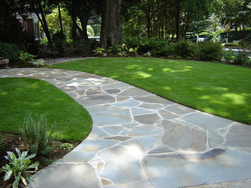 Sagamore Golf Course for a Traditional Landscape with a Atlanta Landscape Contractor and Irregular Bluestone Walkway by Botanica Atlanta | Landscape Design Build Maintain