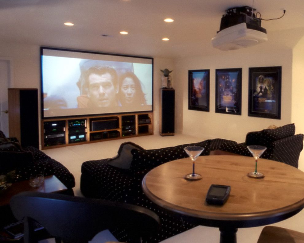 San Mateo Theater for a Contemporary Basement with a Home Theater and Sendig, San Jose by Evergreen Home Systems Inc