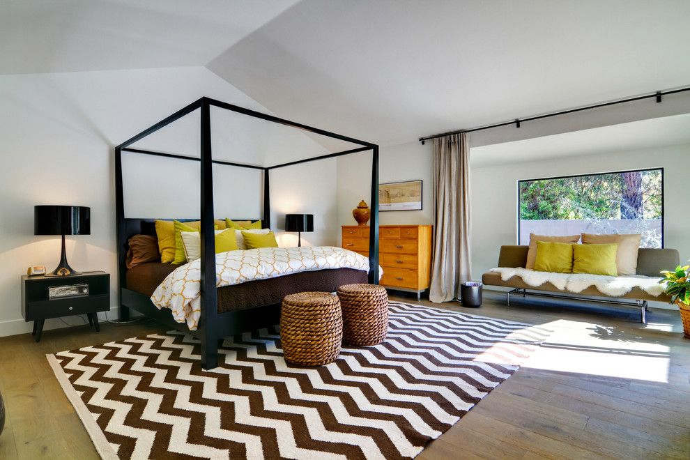 Santa Fe Botanical Garden for a Contemporary Bedroom with a Wood Floor and Rancho Santa Fe Modern Hacienda by Shaw Coates