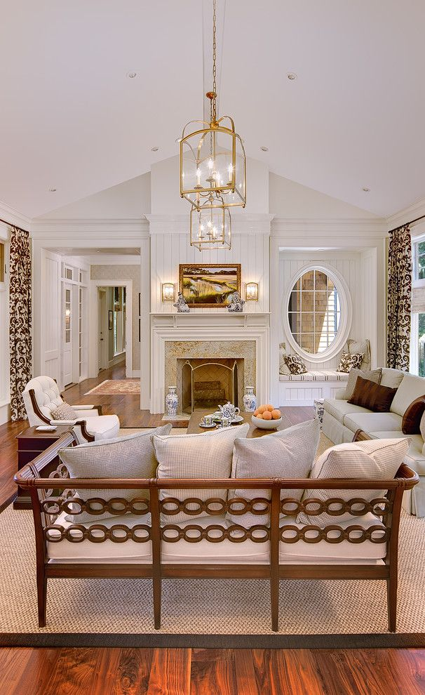 Scotch Hall Preserve for a Traditional Living Room with a Bench Seat and Creekside Cottage Kiawah Island by the Anderson Studio of Architecture & Design