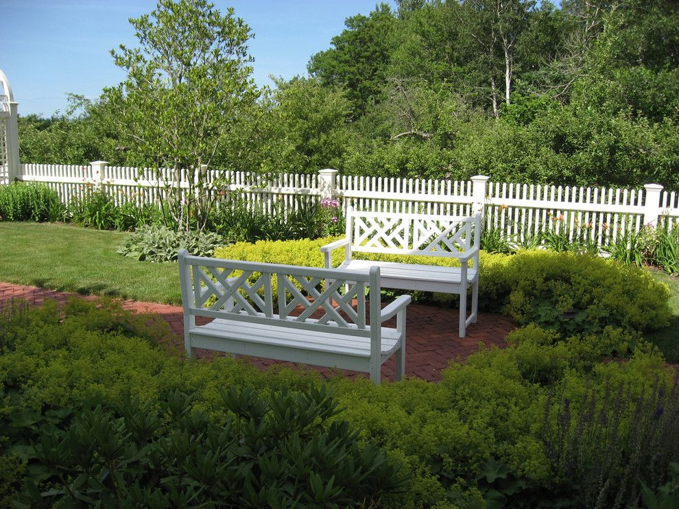 Scotts Lawn Service for a Traditional Landscape with a Fence and Concord Nh Residence by Pellettieri Associates